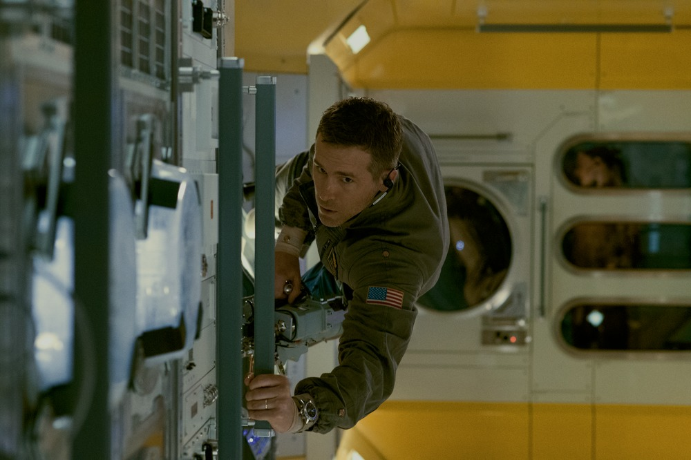 Ryan Reynolds (Adams) in Columbia Pictures' LIFE.